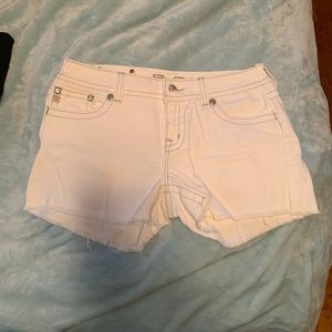 Miss Me Size 7 Embellished Jean Shorts